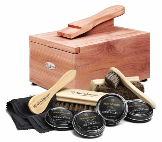 Woodlore Cedar Shoe Care Valet with